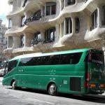 autocar classic bus barcelona casa batllo