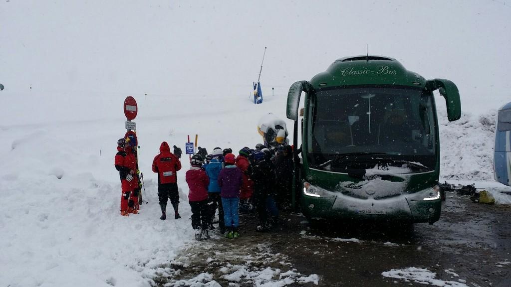 Autobus classic bus nieve3