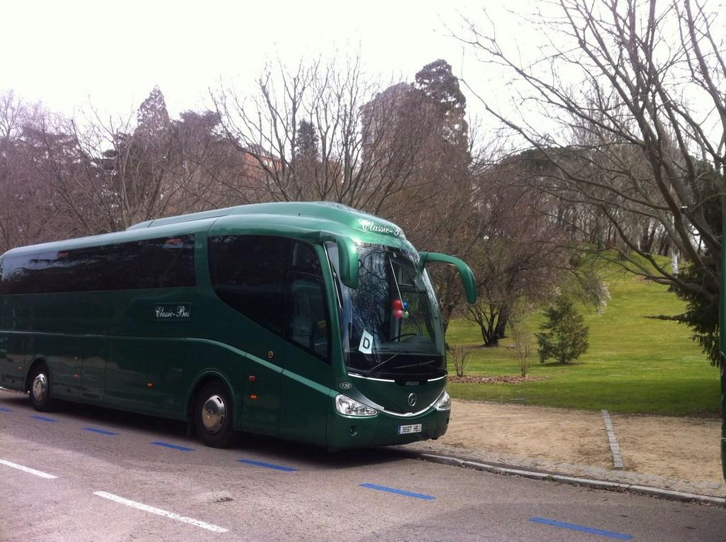 Autobus classic bus parque oeste