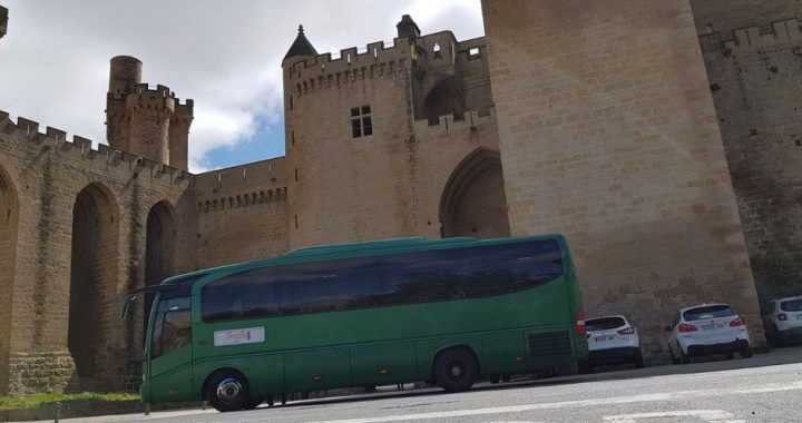 Classic Bus Olite Navarra