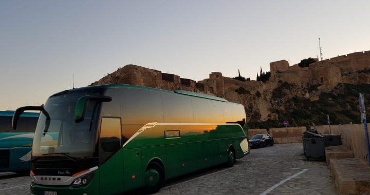 Classic bus Castillo de Santa Barbara Alicante