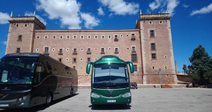 Classic Bus Monasterio Santa Maria De El Puig Valencia