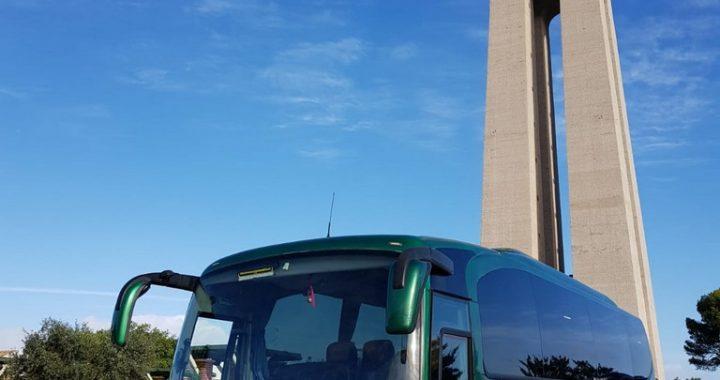 Classic Bus Cristo De Almada Lisboa Portugal1