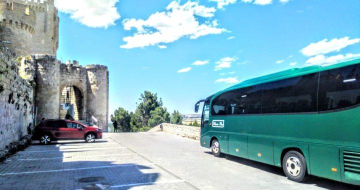 Classic Bus Castillo De Penafiel Valladolid