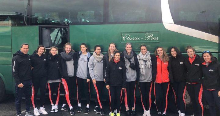 Classic Bus Equipo Voleibol Femenino